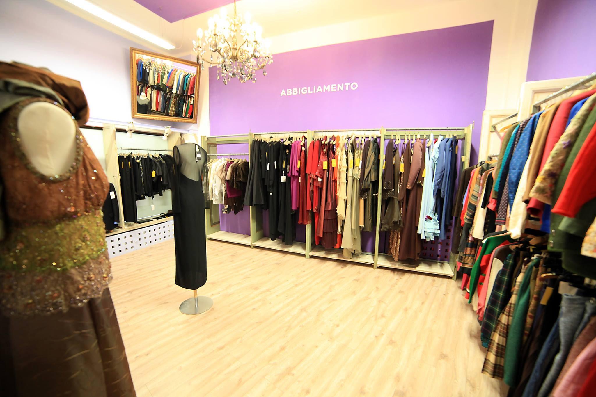 http://www.bresciavera.it/it/47/15835/ARTEFIZIO-cura-il-progetto-di-restyling-di-Spigolandia.htm